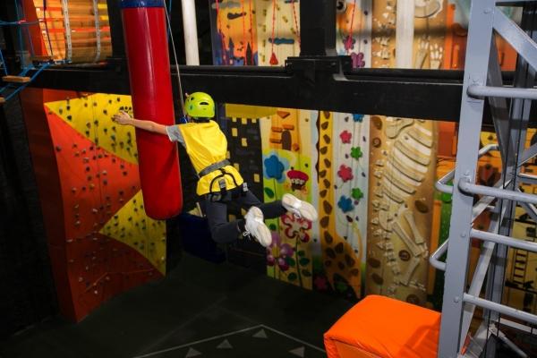 """Безопасно ли скалолазание для детей? Центр """"Круча"""" сделал экстрим безопасным!"""