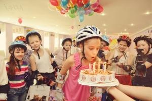 Как проходит детский праздник на роликах в Roller Pride, фото