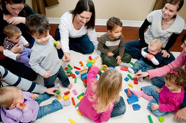 """""""Вместе с мамой"""", основные принципы программы для малышей"""