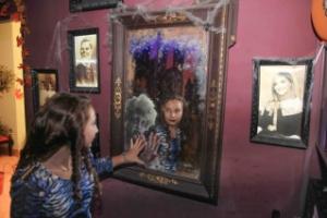 """Дом страха в """"Гранд Каньон"""", фото с детского дня рождения"""