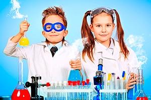 """Лабораторная работа по химии и интерактивная экскурсия для школьных групп в парке научных развлечений """"Ньютон"""" в Екатеринбурге"""